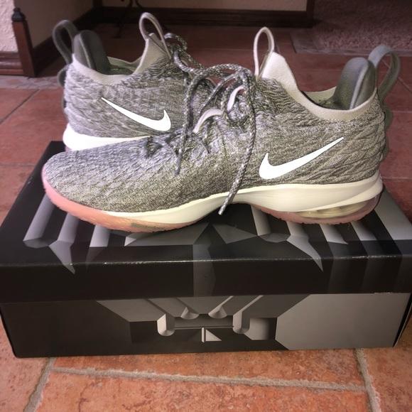 "super popular b6430 78894 Nike Lebron 15 Low ""Light Bone"" Basketball Shoes"
